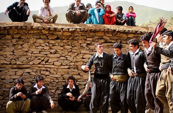 لباس-محلی-کردستان2